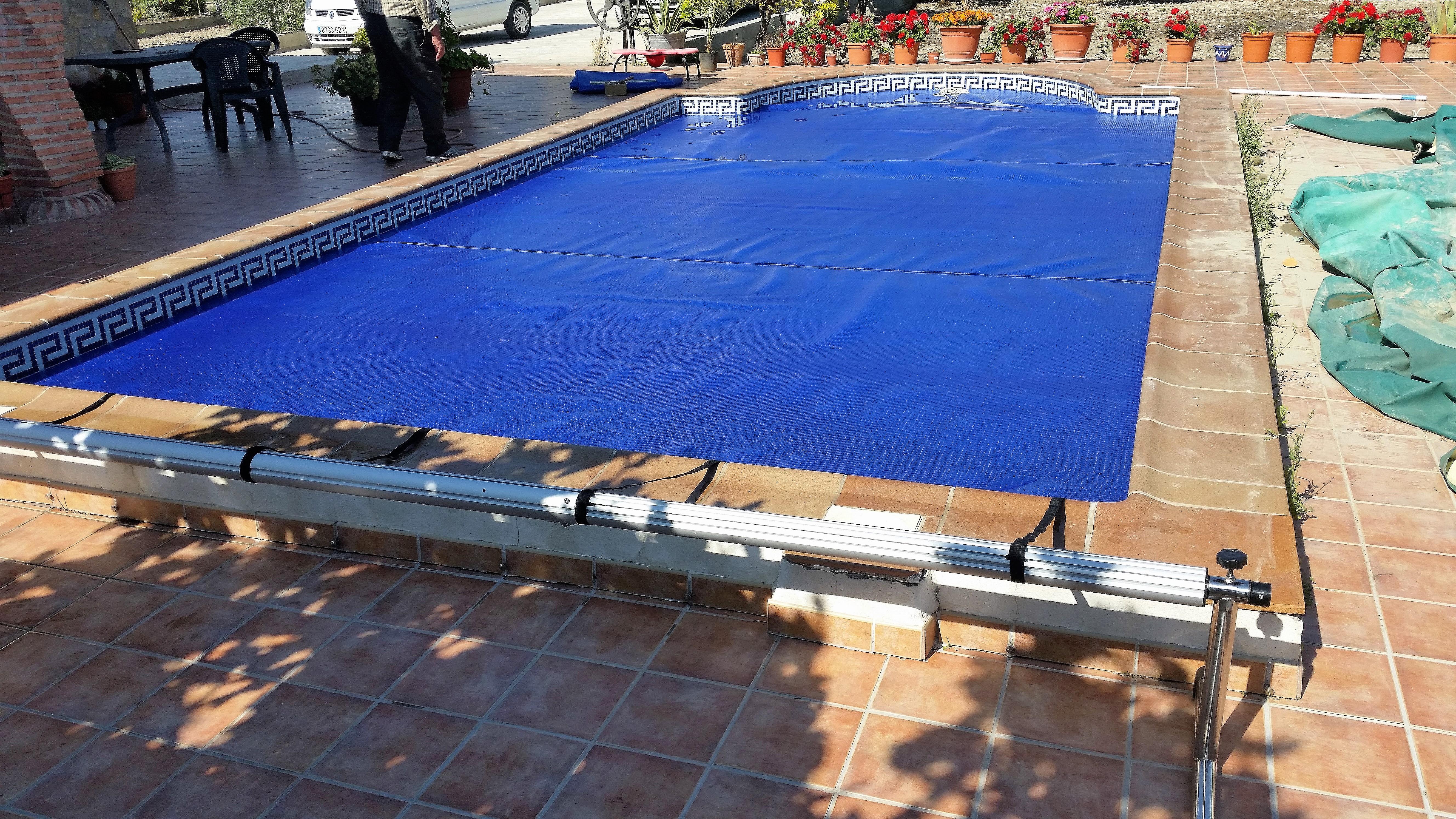 Mantas t rmicas para piscinas aire del mediterr neo - Mantas termicas para piscinas ...